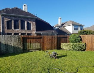 Staining in Katy, TX (1)